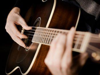 Feel Good- Unplugged koncert